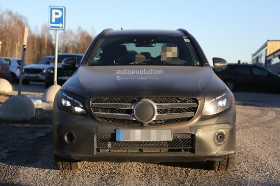 2016-mercedes-glc-spy-photos-show-nearly-undisguised-pre-production-prototypes_12