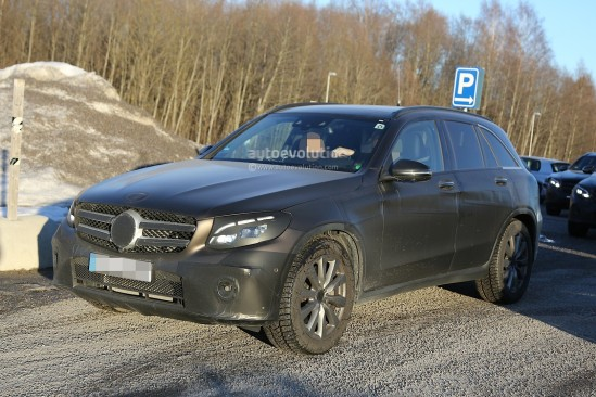 2016-mercedes-glc-spy-photos-show-nearly-undisguised-pre-production-prototypes_13