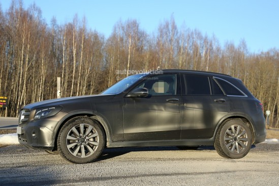 2016-mercedes-glc-spy-photos-show-nearly-undisguised-pre-production-prototypes_14