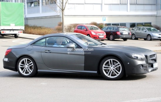 mercedes-benz-sl-facelift-spied-up-close-and-inside-photo-gallery_4